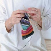 日本の雇用と絆をつなぐオパール毛糸