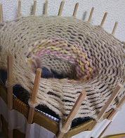 みんなの図工室22  今日中に、編み上げたい!リリアンでマフラーづくり