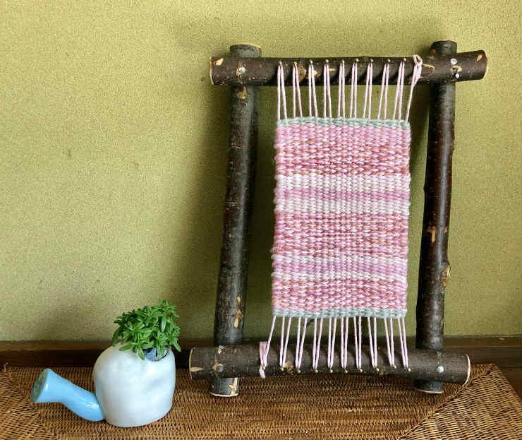 藤野の草木染めで織るコースターづくり