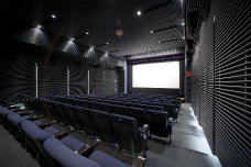 世界を見つめる映画館(ミニシアター) ル・シネマから映画の旅に出よう