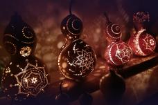 クリスマスに灯そう、ぬくもり感じるひょうたんランプ