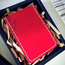 手縫いでつくる革製カードケース  ~靴職人のしごと