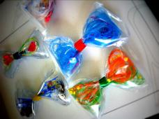 リユース素材を使った「rain-bow(蝶ネクタイ)」を作ろう!