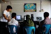 e-Education ~途上国の教育課題を若者の力で解決する~