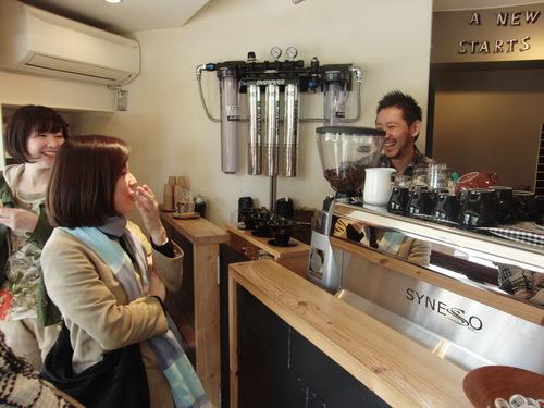20130413_13.コーヒー屋さんで.jpg